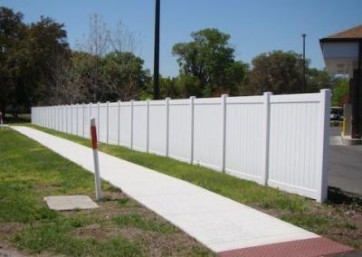 Center State Bank Leesburg, FL - Vinyl Fence - Fence It - orgcw20190805 1
