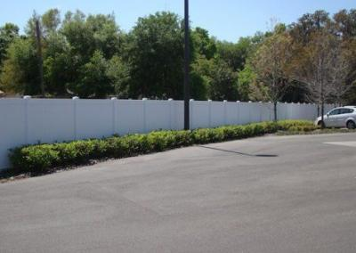 Center State Bank Leesburg, FL - Vinyl Fence - Fence It - orgcw20190805 2