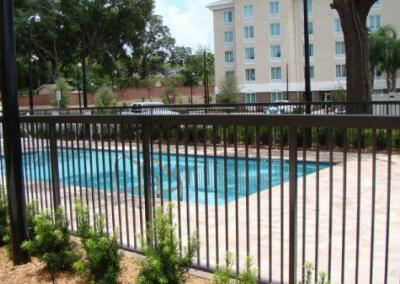 Hampton Inn Apopka, FL - Aluminum fence - Fence It orgcwb20190805