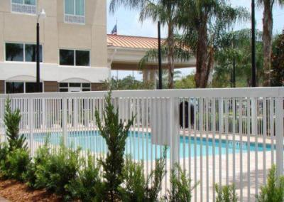 Holiday Inn Express Apopka, FL - Aluminum fence - Fence It orgcwb20190805