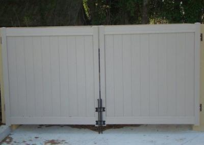 Tongue and Groove Tan - Vinyl Fence - Fence It - orgcw20190805 1